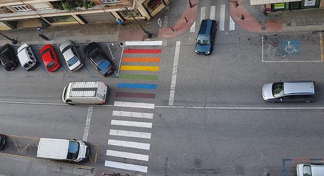 LGTBI, pasos de cebra,  pasos de peatones, PSOE, Orihuela, LGTB, orgullo