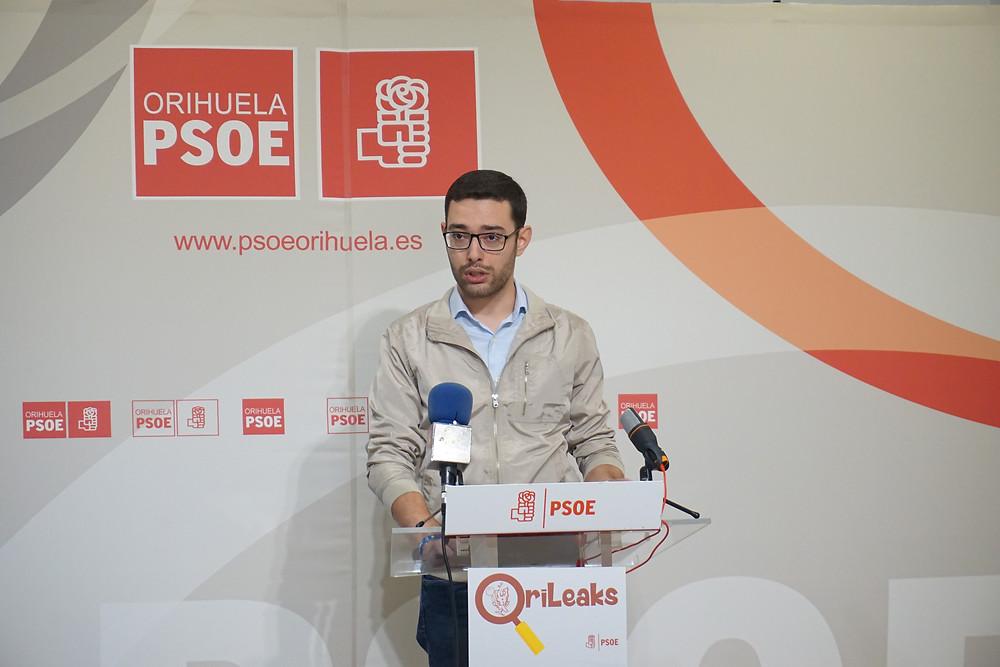 Víctor Ruiz, PSOE Orihuela, Orihuela, contratos menores, contratos, transparencia, ayuntamiento, orileaks, facturas, derroche