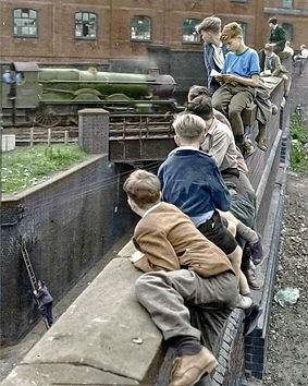 trainspotters 1952 colourised.jpg