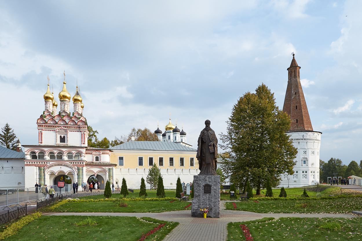 2015-09-27-Патриарх Кирилл-Волоколамск-001.JPG