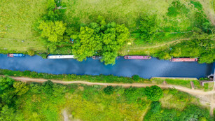 A birds eye view on the Kennet and Avon canal Padworth