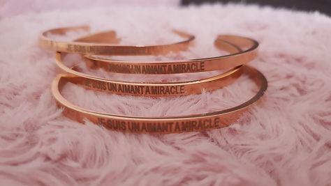 """Bracelet Magnétisé or rosé """"Je suis un a"""