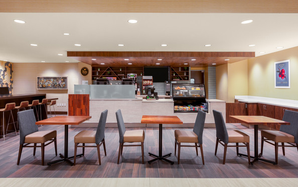 Holiday Inn La Mirada Coffee Bar