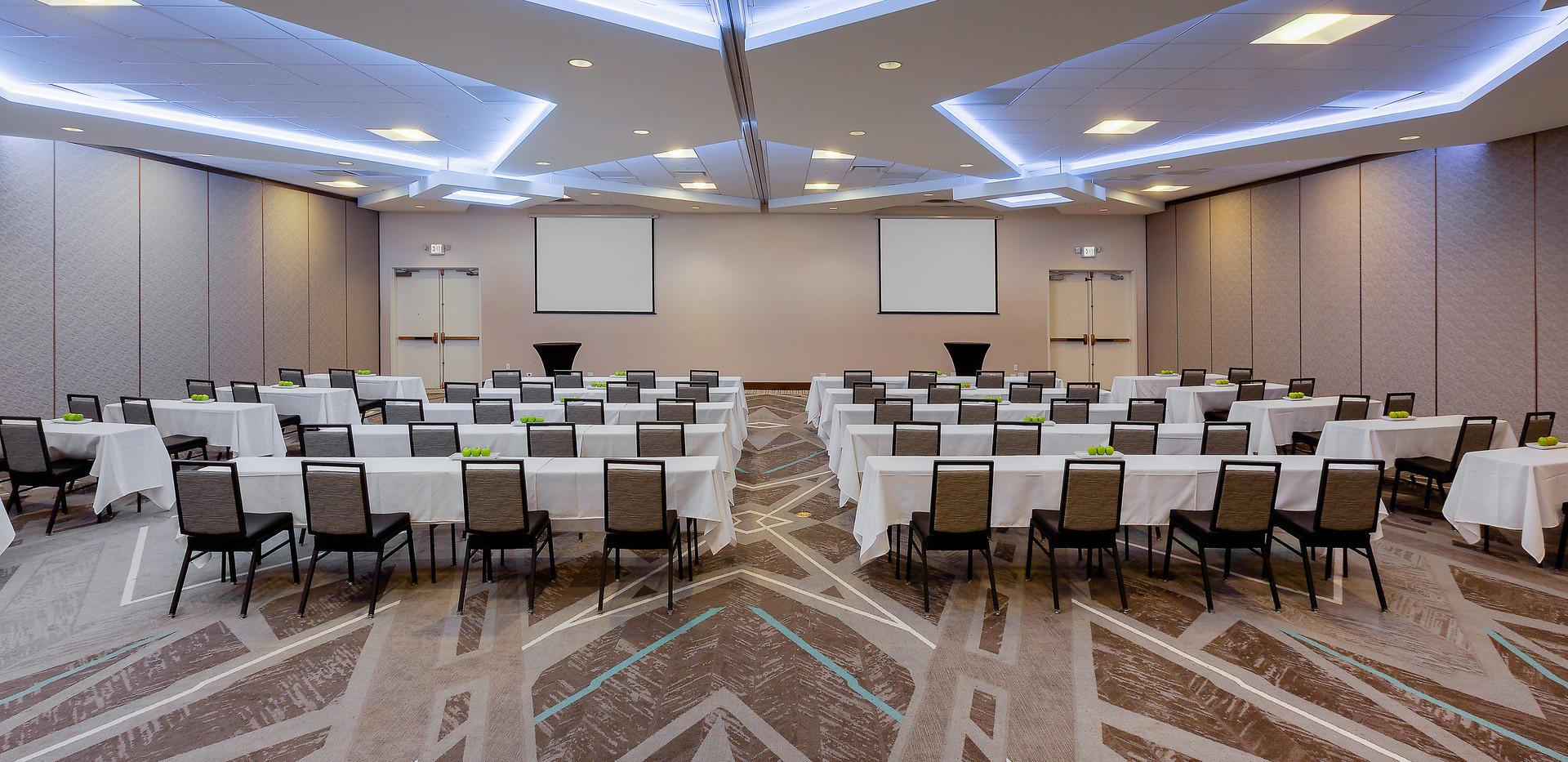 Holiday Inn La Mirada Meeting Room