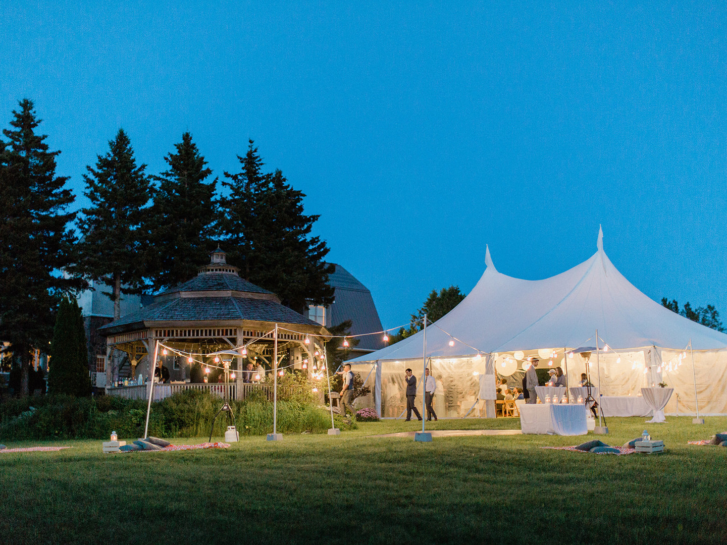 Collingwood BlueMountain Wedding Rentals