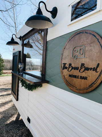 Brew Barrel - Mobile Bar Trailer Collingwood BlueMountains Meaford GreyBruce EventBar (8).
