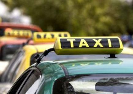 CM2744159_taxis_42_1.jpg