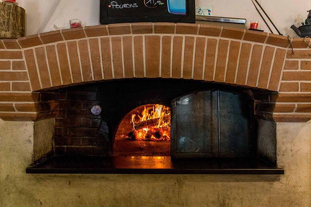 Inizio pizzas au feu de bois