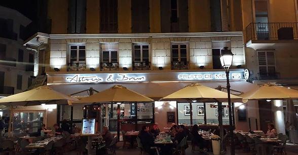 Astoux et Brun La brasserie et sa Terras