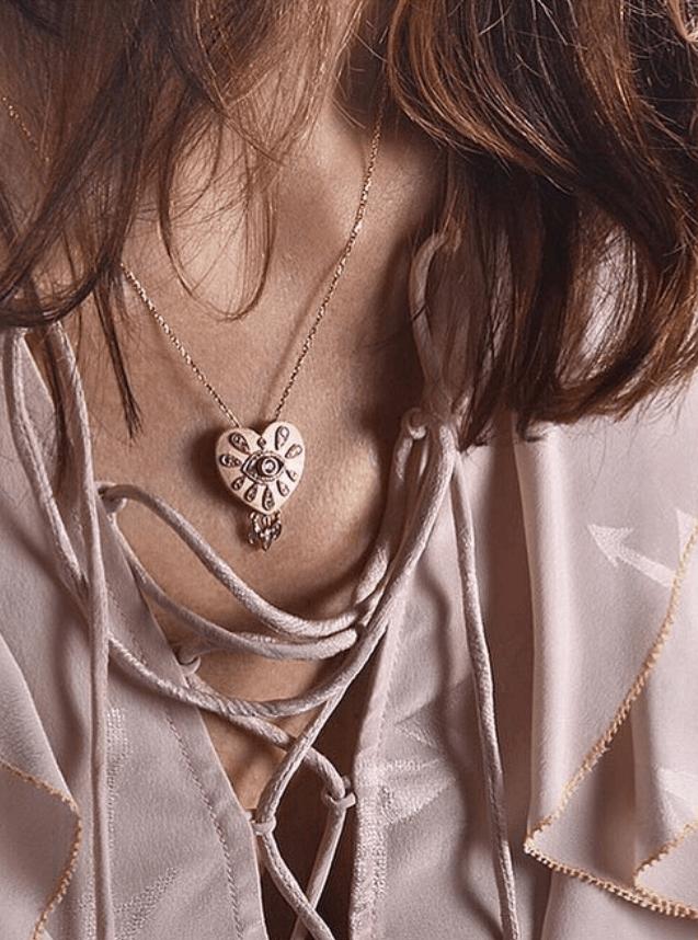 NAYLA ARIDA, le Liban, coeur du bijou