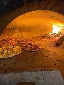 Pizza au feu de bois chez inizio.jpeg