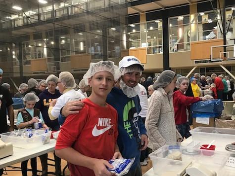 Volunteers for Kids Against Hunger