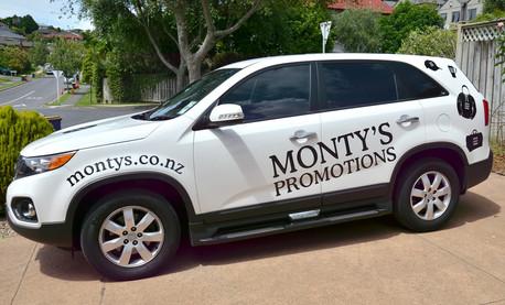 Montys 1.jpg