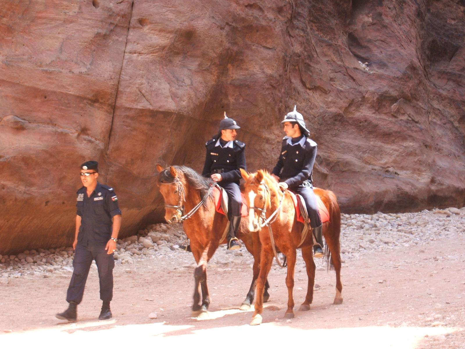 Petra Way out Spunky cops