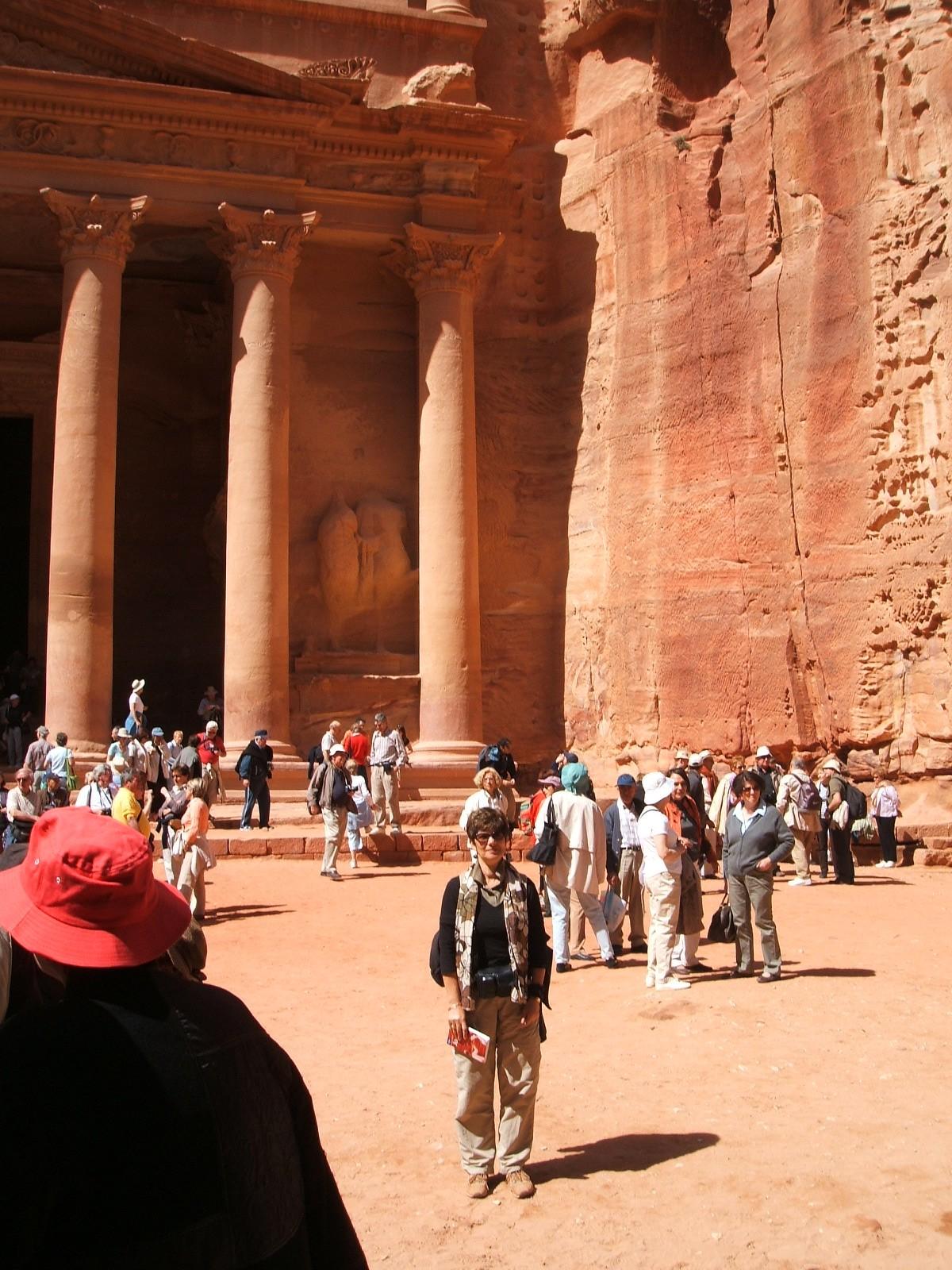 Petra a Treasury