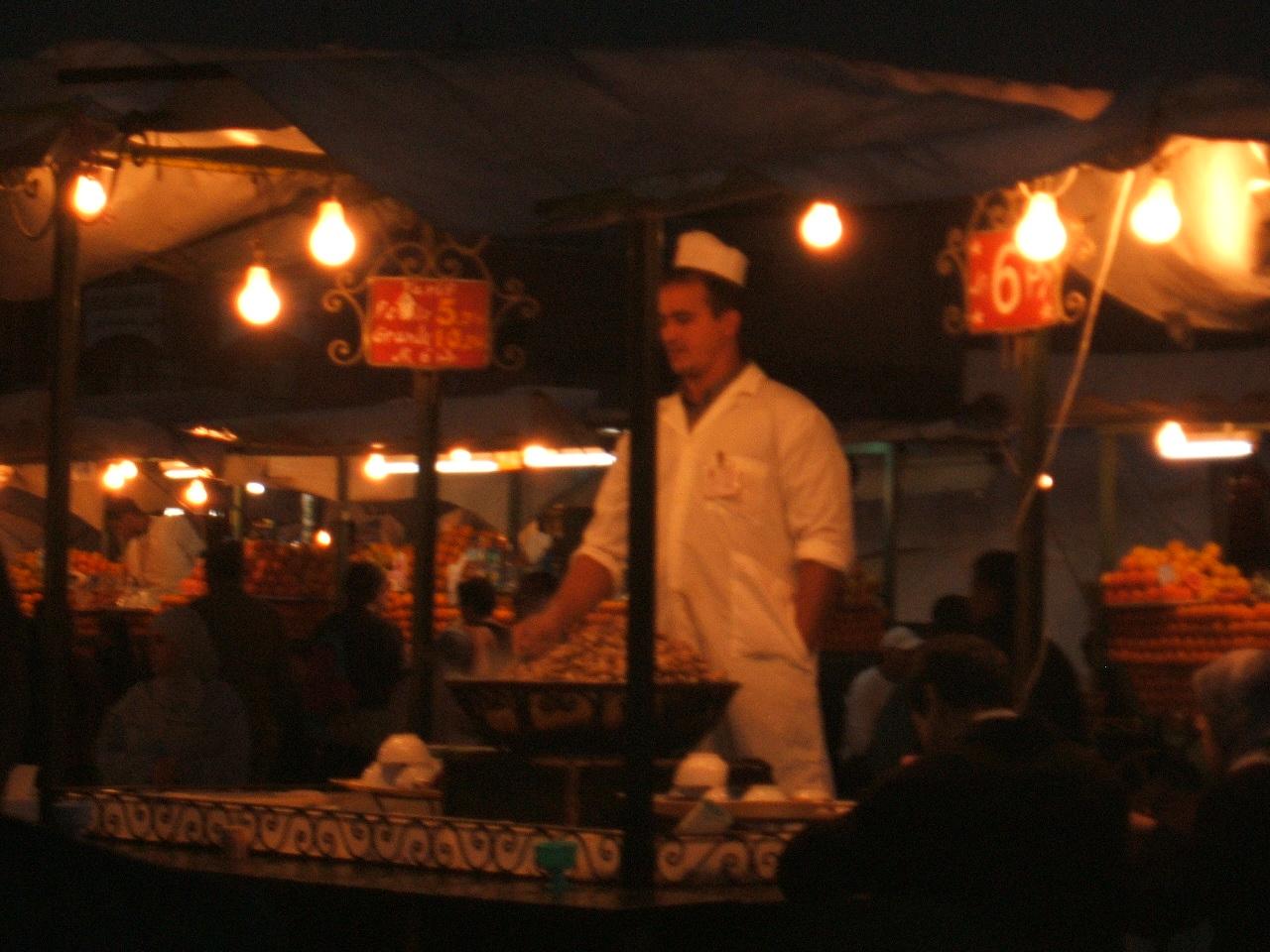 Djeema el Fna - cook at number 1 stall