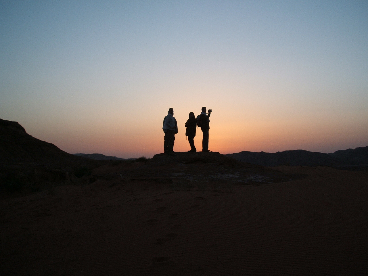 Wadi Rum Bedouin Camp - the first ones to the top of the hill