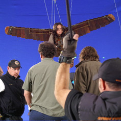 Stunt rigging blue screen