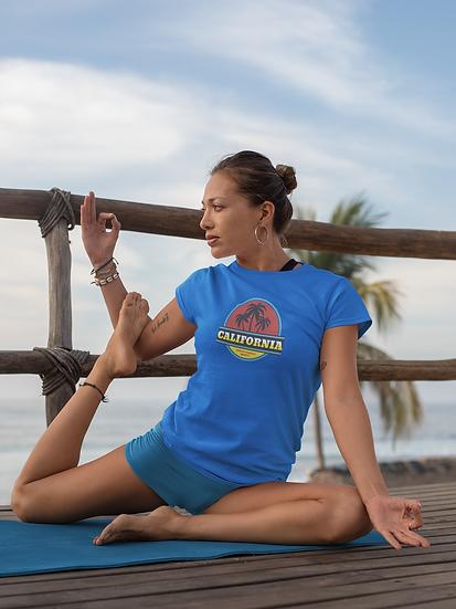 COOL CALIFORNIA BEACH WOMEN'S TEE SHIRT
