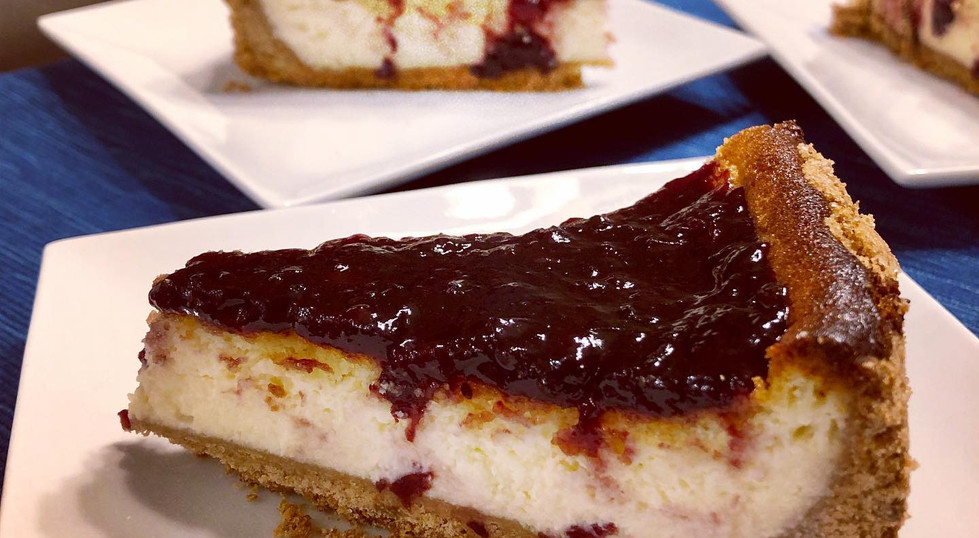 Ricotta and mascarpone cheesecake with mixed berry jam