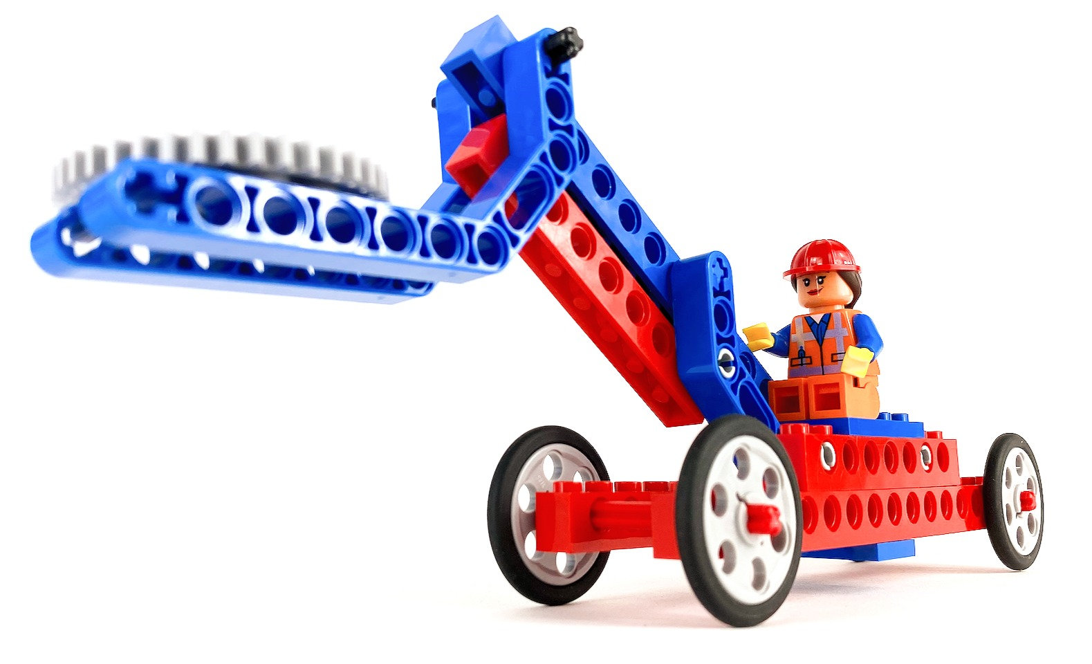 LEGO® Engineering: Movers & Lifters