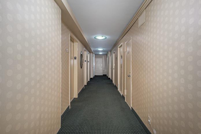 6636 Yellowstone Blvd Unit 9A-print-016-012-Hallway-2768x1848-300dpi.jpg