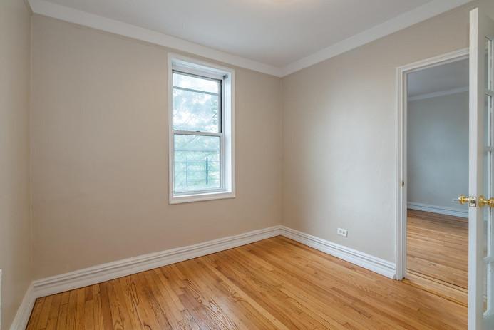 11406 Queens Blvd Unit Apt B9-large-008-008-Bedroom-1498x1000-72dpi.jpg