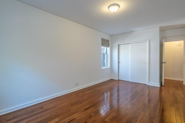 11034 73rd Rd Unit 5M Queens-large-013-008-Bedroom-1498x1000-72dpi.jpg