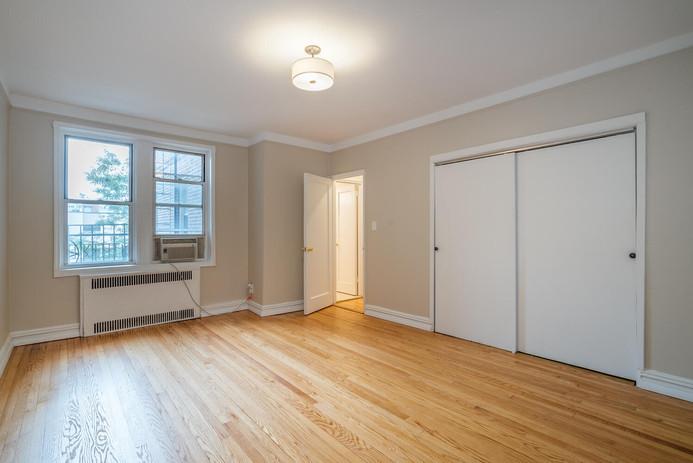 11406 Queens Blvd Unit Apt B9-large-015-016-Bedroom-1498x1000-72dpi.jpg