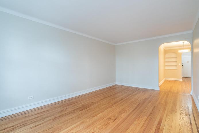 11406 Queens Blvd Unit Apt B9-large-006-007-Living Room-1498x1000-72dpi.jpg