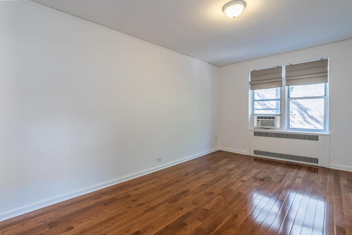 11034 73rd Rd Unit 5M Queens-large-015-006-Bedroom-1498x1000-72dpi.jpg