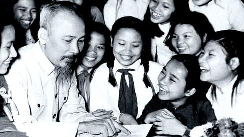 """Ho Chi Minh: """"Da moralidade revolucionária"""""""