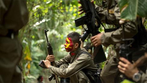 """""""Ofensivas militares planejadas por detrás do cancelamento das negociações de paz por Duterte&q"""