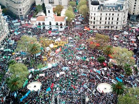 """""""Nas ruas podemos fazer retroceder o governo de Macri"""""""