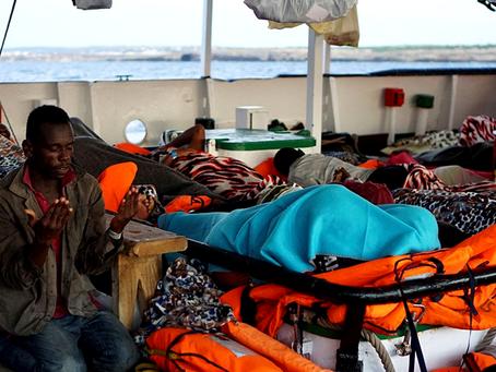 """""""Refugiados: somente com o direito de morrer"""""""