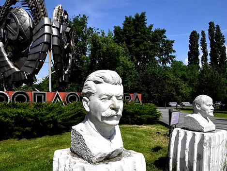 """""""O remorso de um dissidente: Alexander Zinoviev sobre Stalin e a desintegração da URSS"""""""