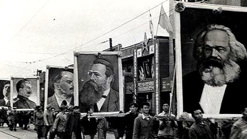 """Kim Il Sung: """"A ideia de Lenin sobre a luta pela libertação nas colônias do Oriente está triunfando"""""""