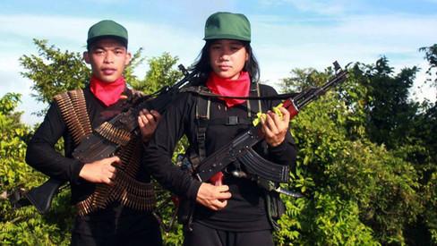 Jovens reforçam as fileiras do Novo Exército Popular nas Filipinas