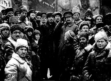 """Krupskaia: """"As Lições de Outubro"""""""