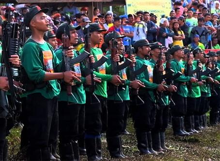 21 armas confiscadas em ação punitiva do NEP contra a família Lademora