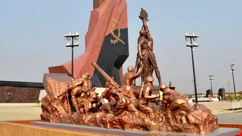 """""""Cuito Cuanavale, a batalha que acabou com o Apartheid"""""""