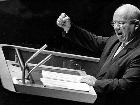 """Resposta a Kruschev"""