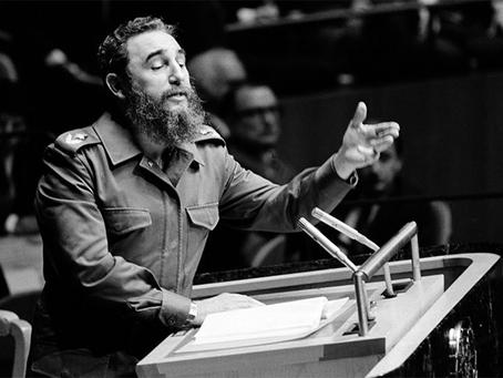 """Fidel: """"Não fazer concessões à ideologia inimiga"""""""