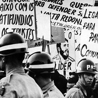 O Partido Comunista e a Revolução Nacional-Democrática