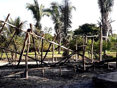 """""""Incêndio criminoso na comunidade na cidade de Urbano Santos (MA)"""""""