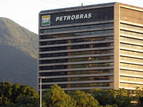 """""""A Petrobras é sugada por parasitas financeiros"""""""