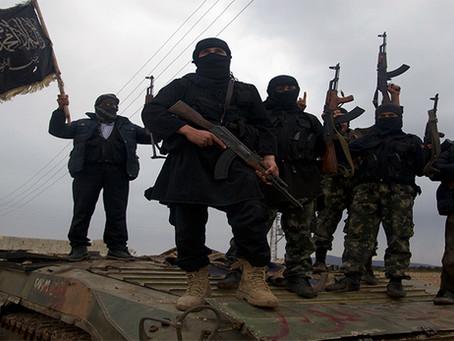 """""""A verdade vai à tona: Como os EUA alimentaram o crescimento do ISIS na Síria e Iraque"""""""