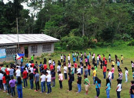 Partido Comunista das Filipinas para Duterte sobre a ameaça de bombardear as Escolas Lumad