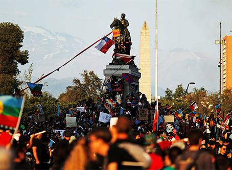 """""""Chile: Em meio à pandemia, revolta popular"""""""