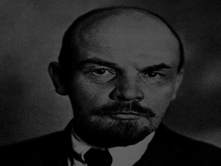 """Lenin: """"Cuidado com os espiões!"""""""